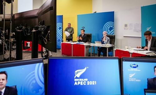 APEC đạt đồng thuận, đẩy mạnh phục hồi kinh tế bằng phân phối vắc-xin ngừa COVID-19