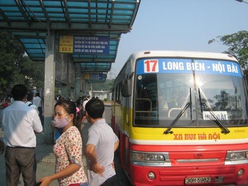 Từ chối mở 4 tuyến buýt kết nối sân bay Nội Bài