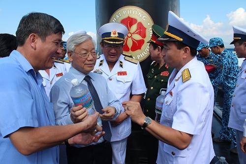 Lữ đoàn Tàu ngầm 189 Huấn luyện những con người làm chủ lòng biển
