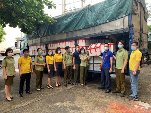 Quảng Ninh Đẩy mạnh hỗ trợ tiêu thụ vải thiều Bắc Giang
