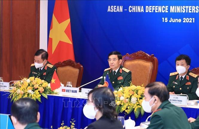 Cuộc gặp không chính thức Bộ trưởng Quốc phòng ASEAN - Trung Quốc