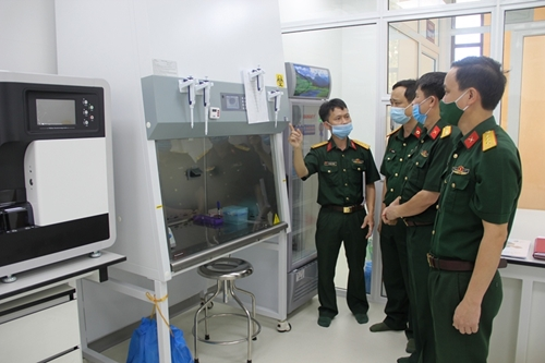 Bệnh viện Quân y 4 đưa vào hoạt động hệ thống máy xét nghiệm SARS-CoV-2