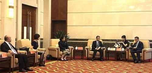 Thúc đẩy hợp tác toàn diện giữa châu Hồng Hà Trung Quốc và các tỉnh biên giới Việt Nam