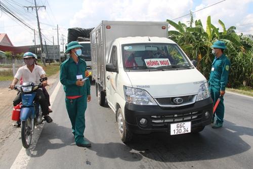 Đồng Tháp hướng dẫn kiểm soát người, phương tiện vận tải hàng hóa từ các địa phương