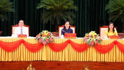 Bắc Giang Đồng chí Lê Thị Thu Hồng được bầu giữ chức Chủ tịch HĐND tỉnh