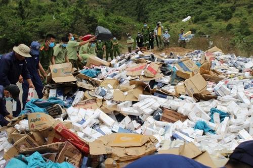 Cục QLTT tỉnh Khánh Hòa tăng cường kiểm tra, kiểm soát thị trường