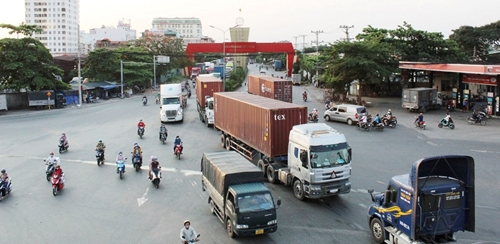 Từ 1 8, Bình Dương thí điểm phân luồng với xe trọng tải lớn