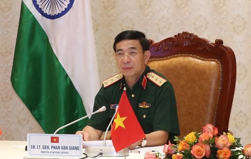Việt Nam - Ấn Độ tăng cường hợp tác quốc phòng