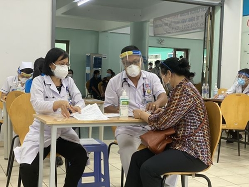 """Khởi động cuộc thi """"Tình người nơi tuyến đầu phòng, chống dịch COVID-19"""""""