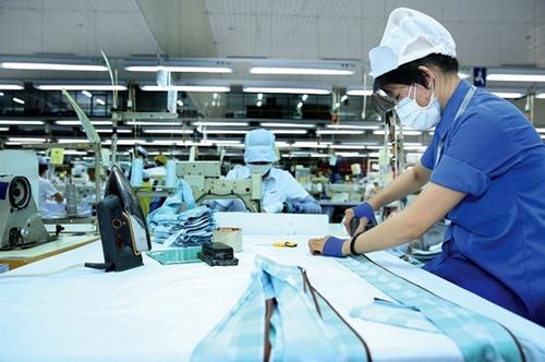 3 chính sách hỗ trợ về bảo hiểm cho người lao động và doanh nghiệp gặp khó khăn do COVID-19