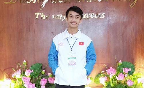 """Bạn Lê Phi Long đoạt giải Nhất tuần 13 Cuộc thi trắc nghiệm """"Chung tay vì an toàn giao thông"""""""