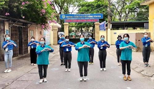 2 780 tình nguyện viên Thủ đô hỗ trợ thí sinh trong kỳ thi tốt nghiệp THPT quốc gia