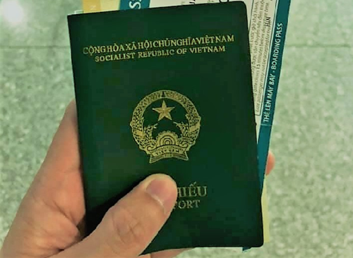 Thủ tục làm hộ chiếu gắn chip như thế nào