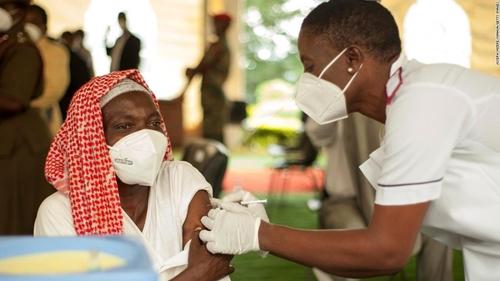UNICEF đạt thỏa thuận cung cấp 220 triệu liều vaccine cho châu Phi