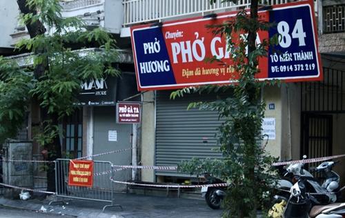 Hà Nội hỏa tốc chỉ đạo đóng cửa quán cắt tóc, hàng ăn chỉ bán mang về