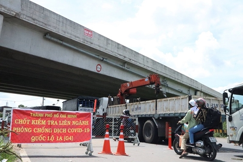 Sở Giao thông vận tải TP Hồ Chí Minh yêu cầu không để ùn ứ tại các chốt kiểm soát