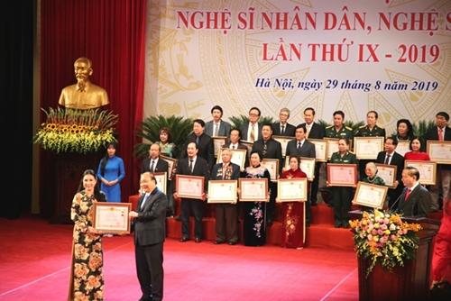 Hà Nội Công bố kết quả xét tặng danh hiệu NSND, NSƯT cấp cơ sở