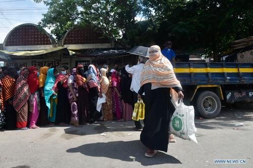 Bangladesh hỗ trợ người lao động bị tác động bởi COVID-19