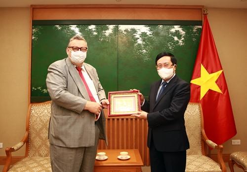 Việt Nam luôn coi trọng phát triển quan hệ với Phần Lan