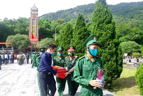 Quân khu 4 Phấn đấu tìm kiếm, quy tập 260 hài cốt liệt sĩ trong mùa khô năm 2021 - 2022