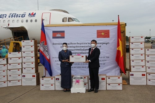 Thủ tướng Phạm Minh Chính gửi thư cảm ơn Thủ tướng Vương quốc Campuchia
