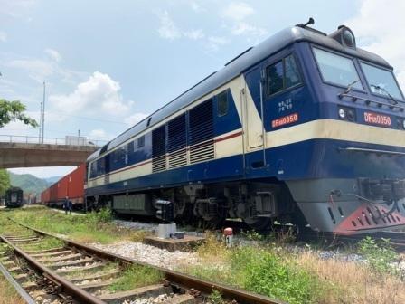 Tàu hỏa container Việt Nam chở hàng chạy thẳng sang châu Âu