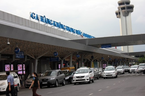 Hạn chế bay từ các tỉnh, thành phố thực hiện Chỉ thị 16 tới Hà Nội