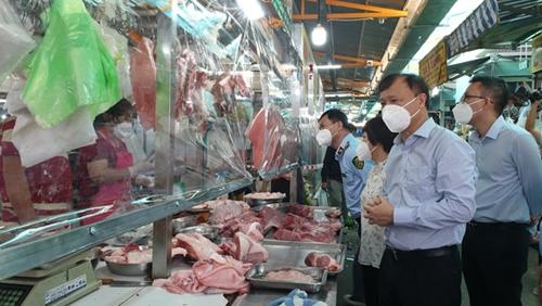 Bộ Công Thương kiểm tra cung ứng hàng hoá ở các chợ truyền thống