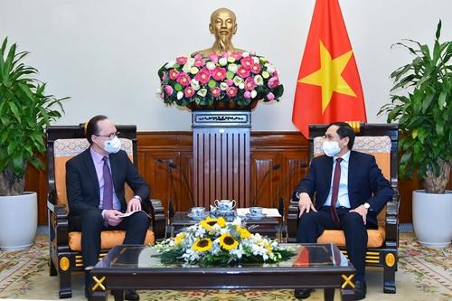 Liên bang Nga là một trong những ưu tiên hàng đầu trong chính sách đối ngoại của Việt Nam