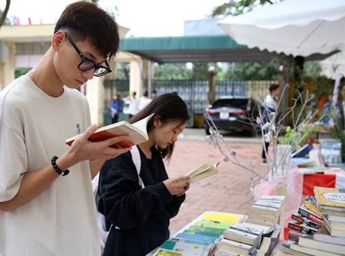 Lan tỏa văn hóa đọc trong thanh niên