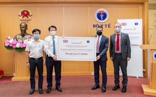 Bộ Y tế tiếp nhận 150 000 hộp thuốc hỗ trợ điều trị bệnh không lây nhiễm