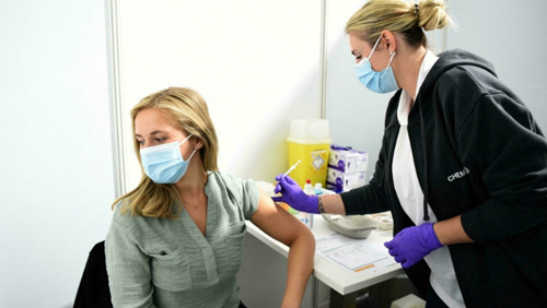Châu Âu Hơn một nửa dân số trưởng thành đã tiêm vaccine ngừa COVID-19