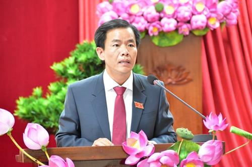 Phê chuẩn Chủ tịch, Phó Chủ tịch UBND 5 tỉnh