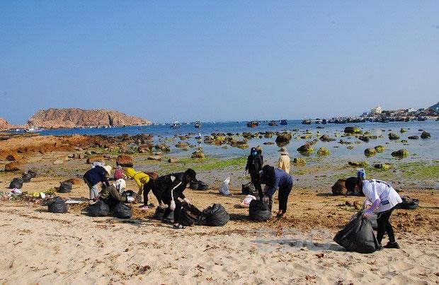 Bình Định kiểm soát nguồn thải vùng biển ven bờ