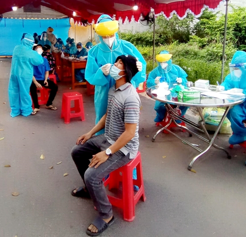 Thêm 3 991 ca mắc COVID-19, nhiều nhất tại TP Hồ Chí Minh, Long An, Bình Dương
