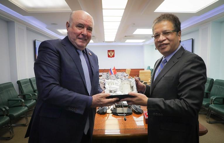 Việt Nam đề nghị Thượng viện Nga thúc đẩy hỗ trợ chuyển giao công nghệ sản xuất vaccine
