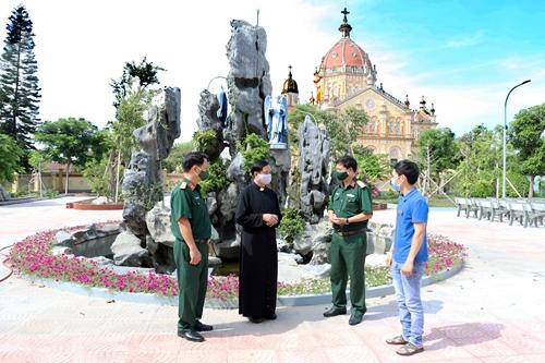 Nam Định Bộ đội và giáo dân phối hợp làm tốt công tác dân vận