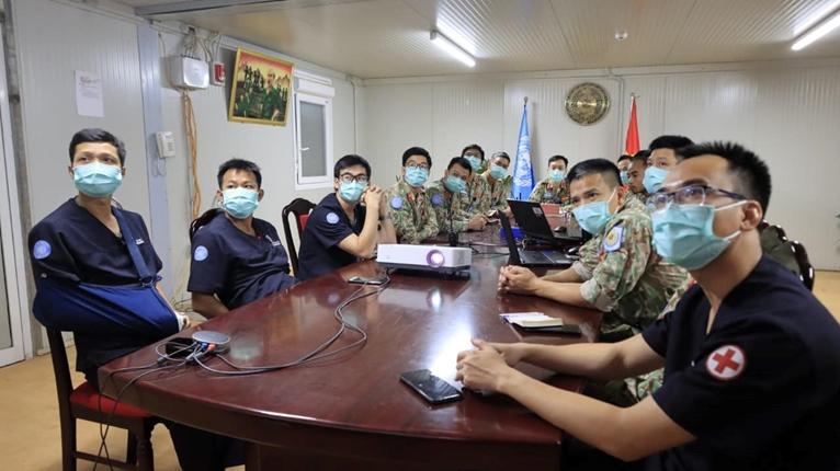 Nâng cao năng lực y tế giữa hai Bệnh viện dã chiến của Việt Nam và Ấn Độ tại Nam Sudan