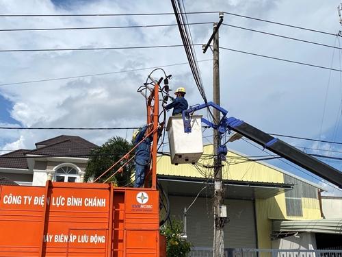 EVNHCMC huy động nguồn điện phục vụ chống dịch