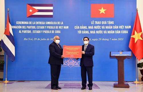 Việt Nam hết sức coi trọng mối quan hệ hữu nghị gắn bó, tin cậy với Cuba