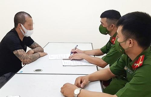 Hà Nội Xử phạt kịch khung người chống đối ở chốt kiểm dịch chợ Yên Phụ