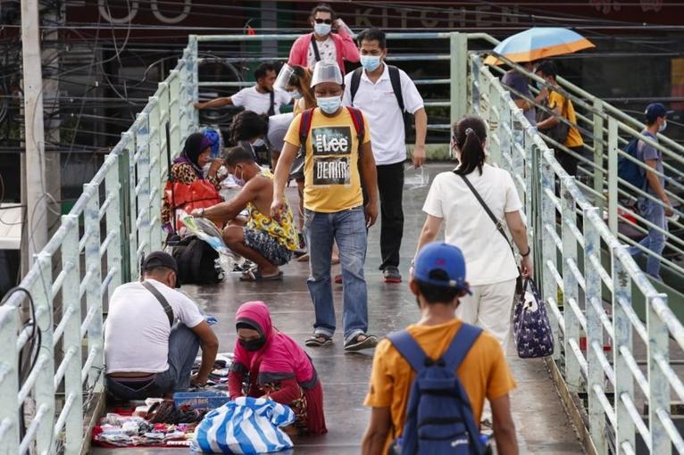 Philippines phong toả vùng thủ đô Manila