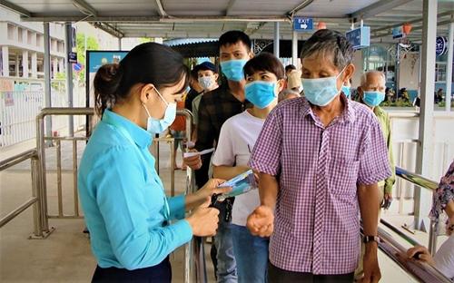 Quảng Ninh dừng nhiều hoạt động tập trung đông người từ 12 giờ trưa 4 8