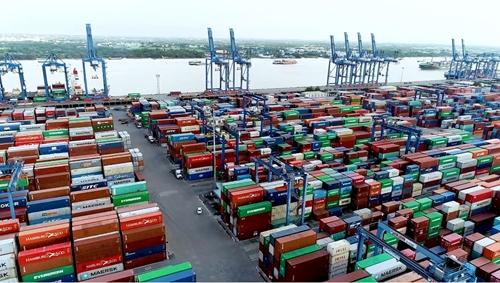 Bộ Tài chính giải quyết tình trạng hàng hóa nhập khẩu đang ùn tắc tại cảng Cát Lái