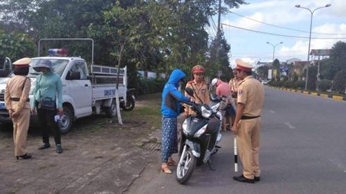 Quảng Trị Phát hiện 1 815 trường hợp vi phạm an toàn giao thông 6 tháng đầu năm