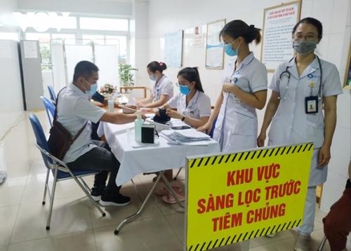 Hơn 7 000 lao động ngành du lịch Quảng Ninh đã được tiêm vaccine COVID-19