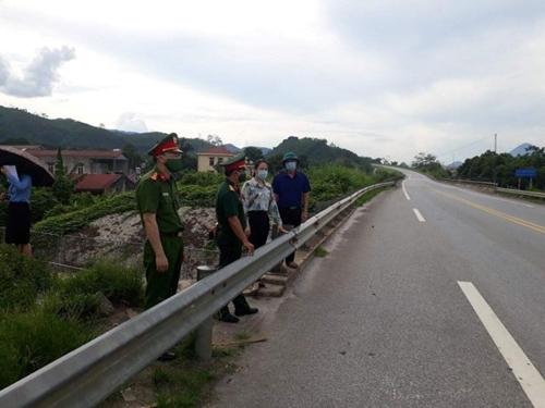Hiệu quả từ các chốt kiểm dịch tự quản dọc cao tốc Nội Bài - Lào Cai