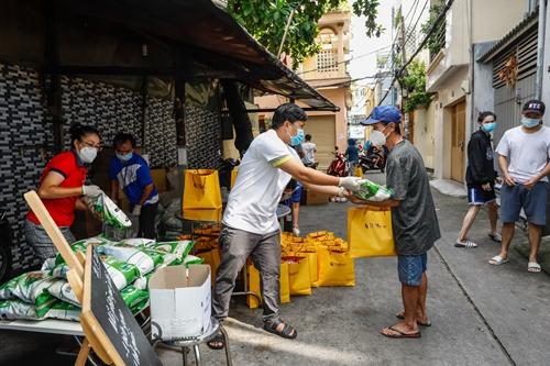 T T Group tặng 100 000 suất quà tổng giá trị 30 tỷ đồng cho người dân TP Hồ Chí Minh