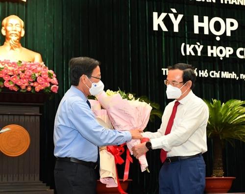 Đồng chí Phan Văn Mãi được bầu giữ chức Chủ tịch UBND TP Hồ Chí Minh