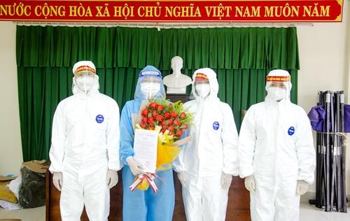 Kết nạp Đảng cho quần chúng tham gia công tác phòng, chống dịch bệnh COVID-19